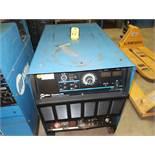 MILLER DIMENSION 652 CC/CV DC WELDING POWER SOURCE SN. KH524272