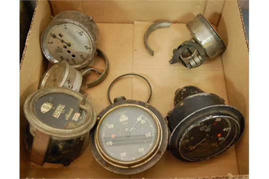 A Bonniksen Ischronous of Rotherhams Coventry speedometer (a