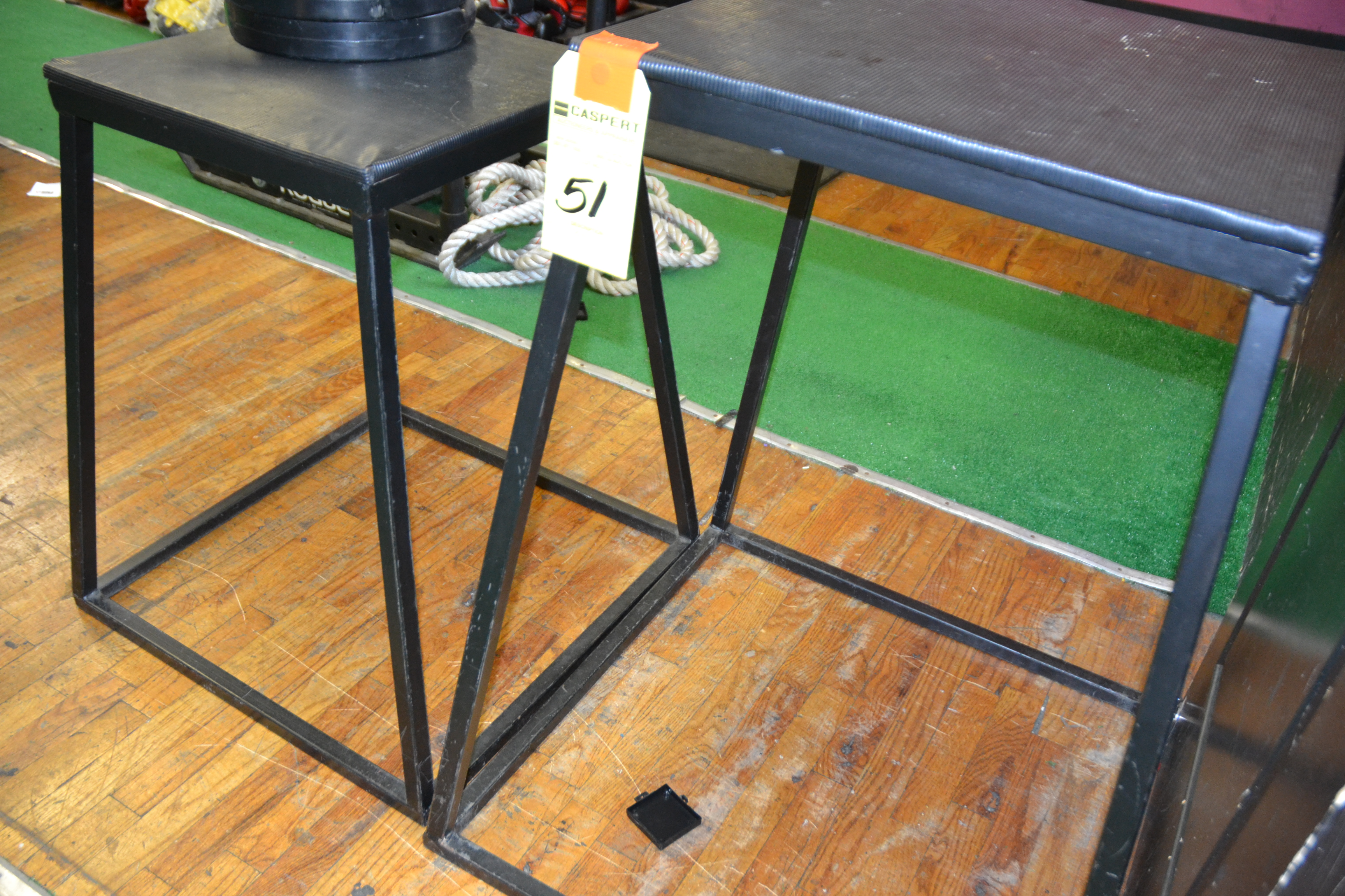 Lot 51 - JUMP STANDS