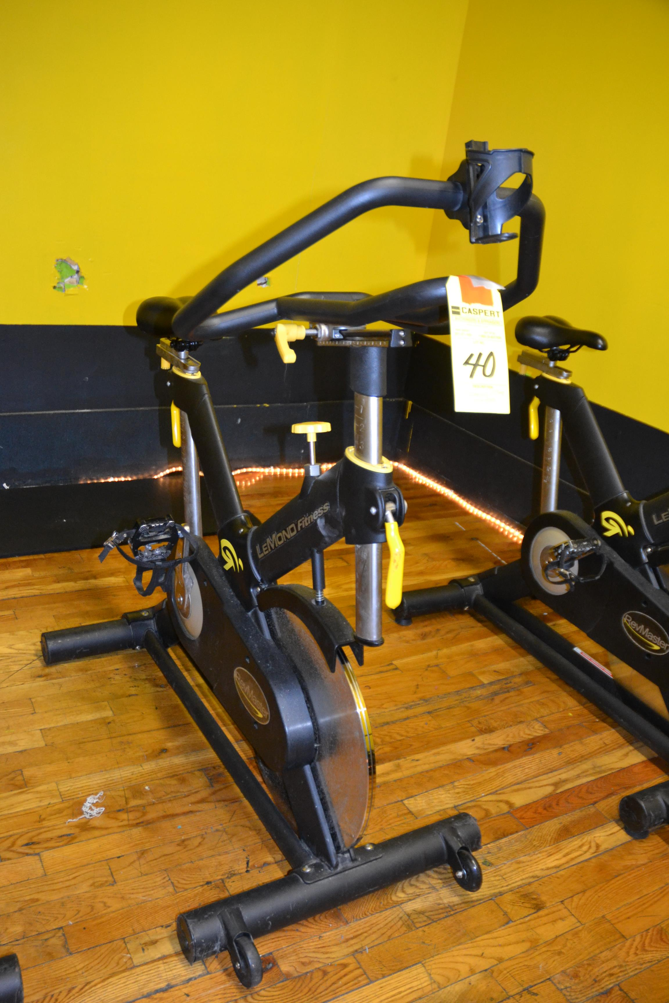 Lot 40 - LEMOND FITNESS 15300-7 SPIN BIKE