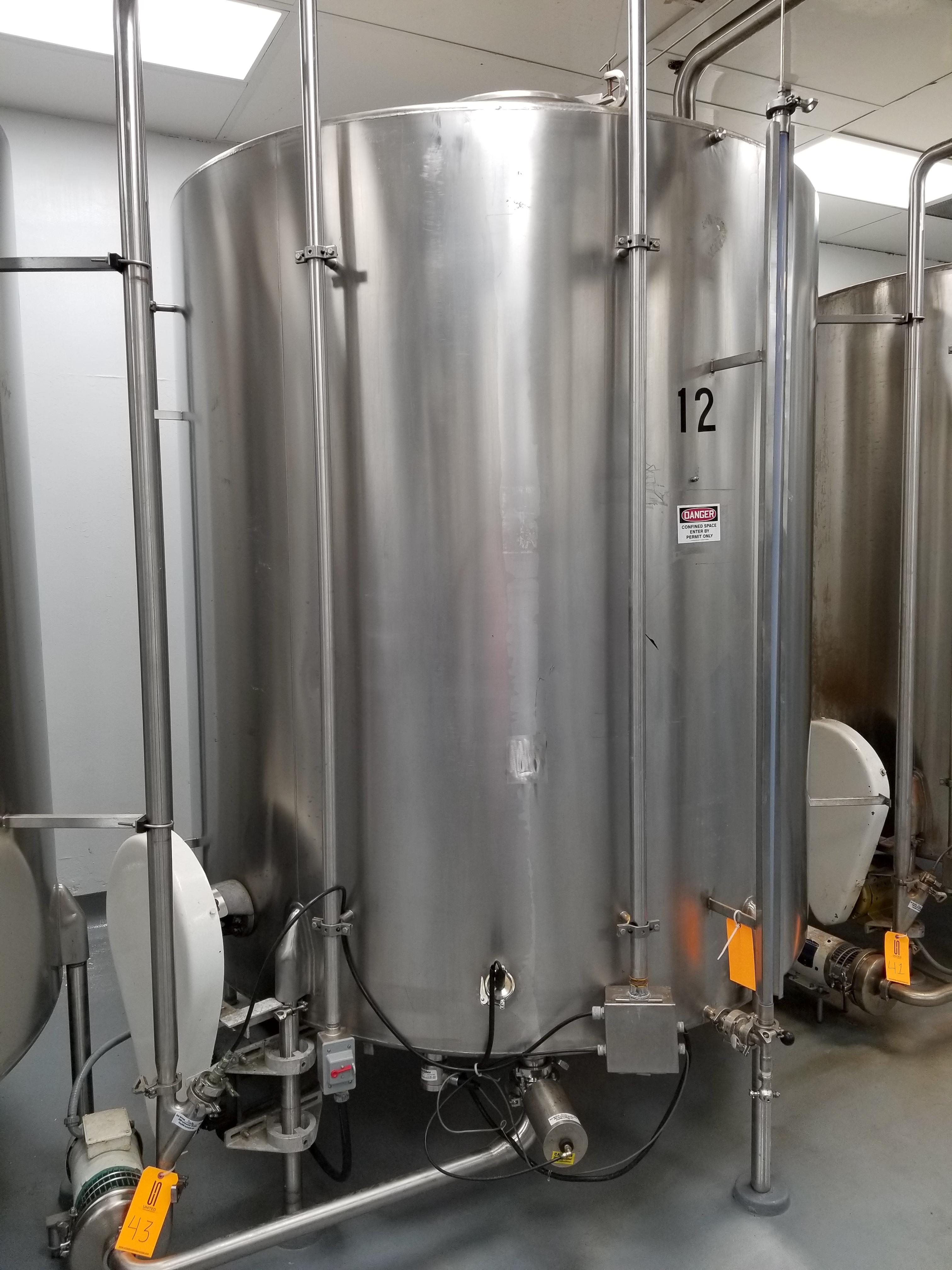 Chem Tank 2,000 Gallon Vertical Mixing Tank - Image 2 of 6