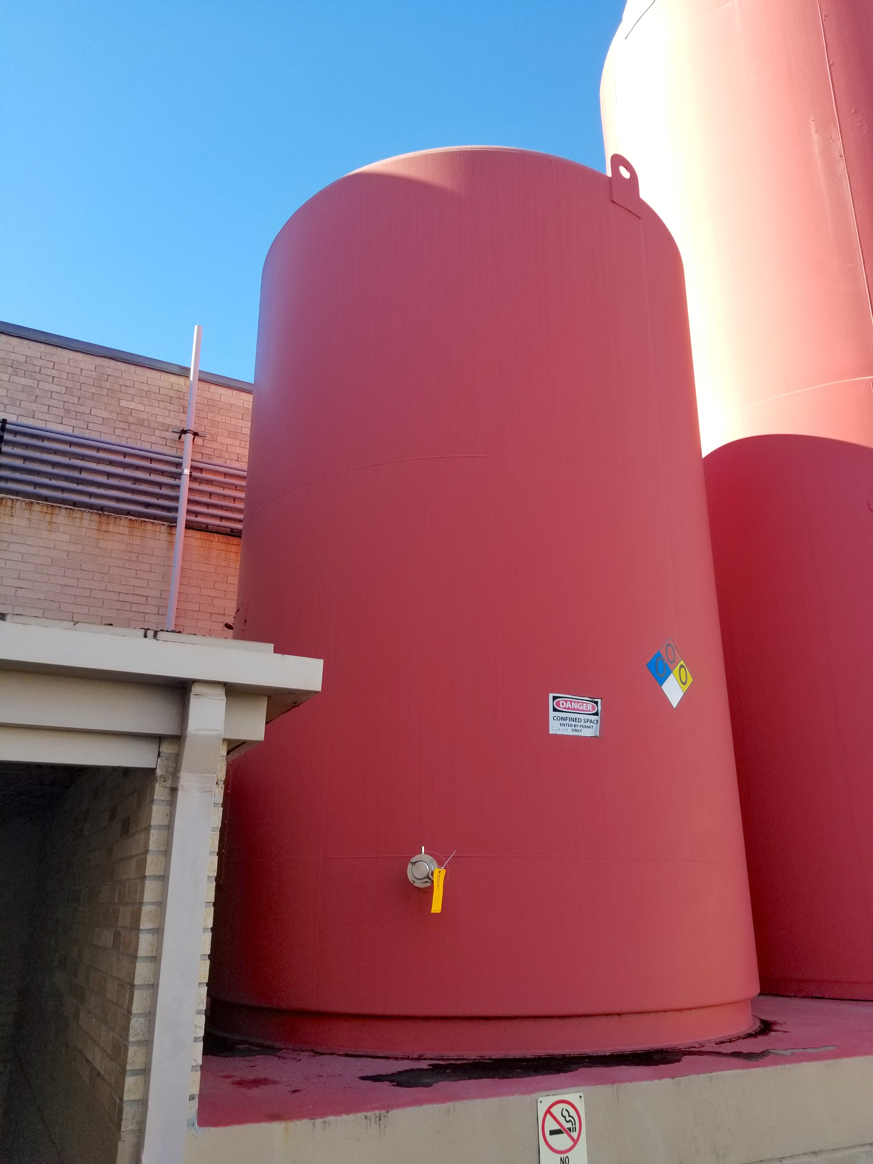 DCI 10000 Gallon Insulated Vertical Storage Tank - Image 2 of 8