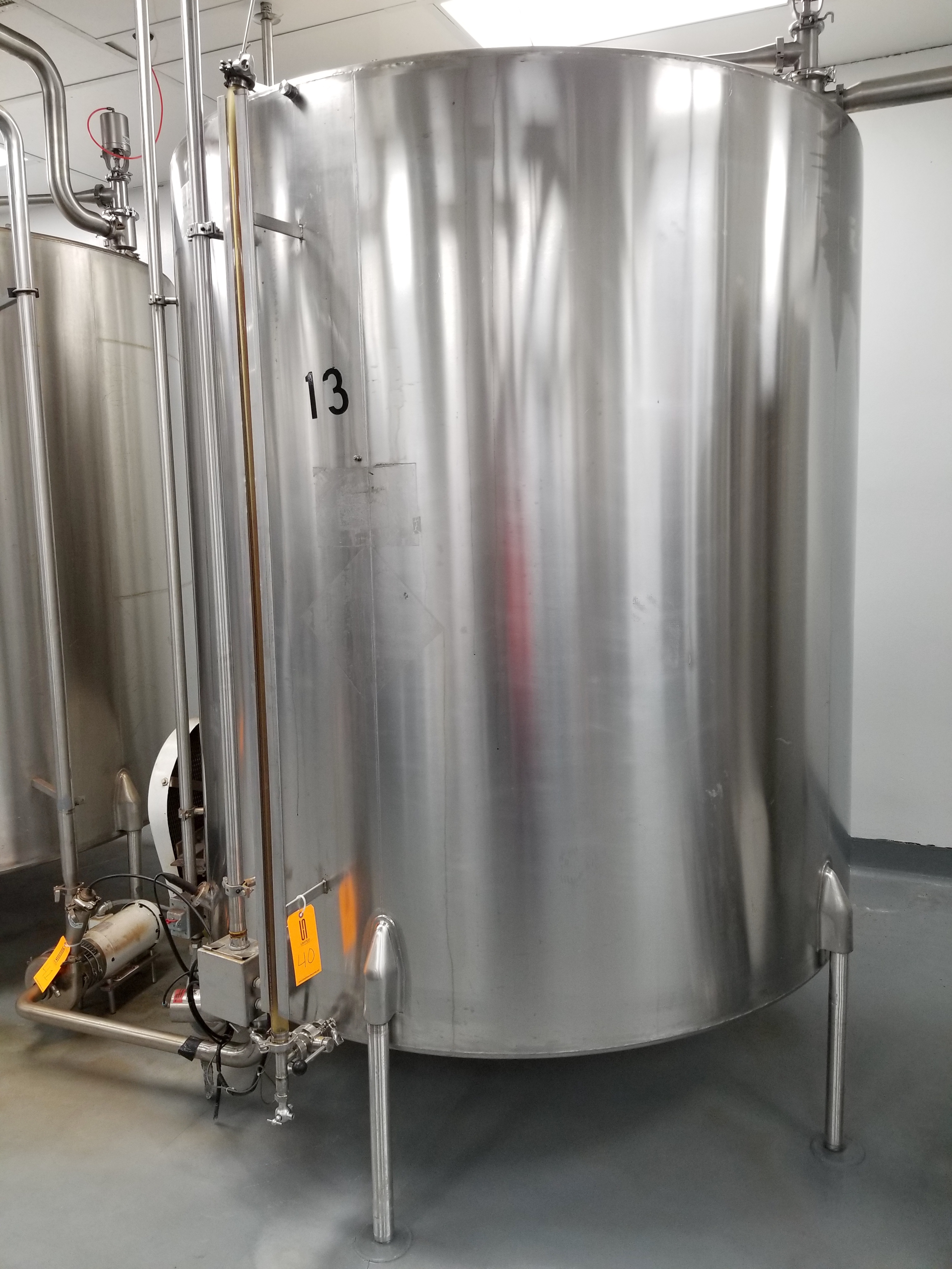 Chem Tank 2,000 Gallon Vertical Mixing Tank