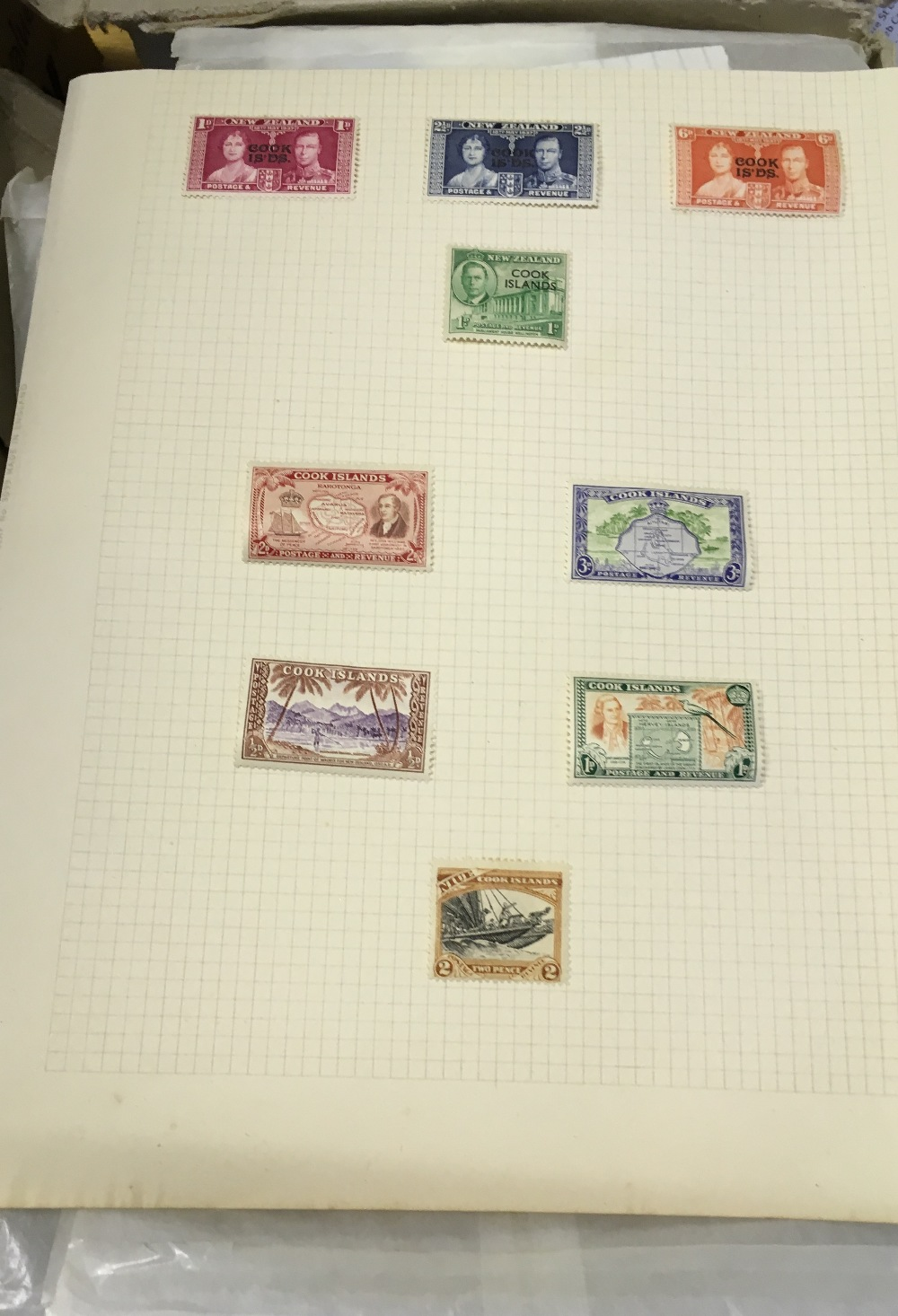 Lot 6 - STAMPS : Mostly British Commonwealth 1960s mint material sorted into packets.