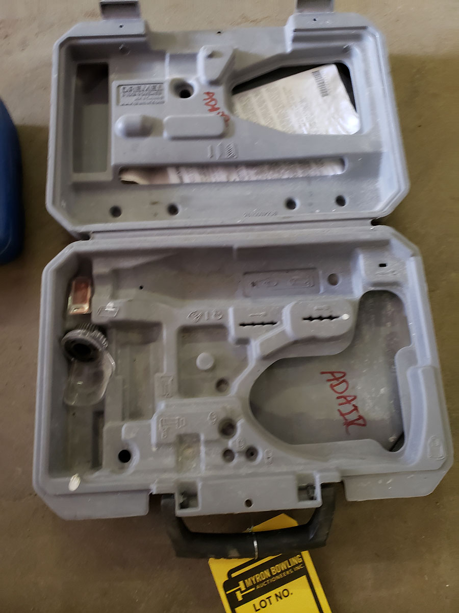 DREMEL 8220 WITH CHARGER & ASSORTED BITS - Image 4 of 4
