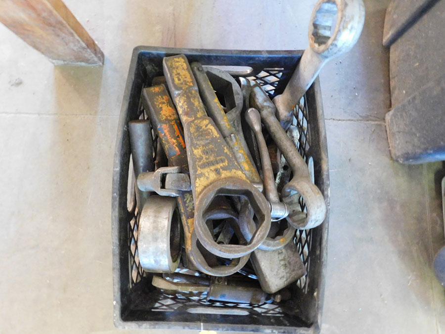 LOT OF ASSORTED HAMMER WRENCHES