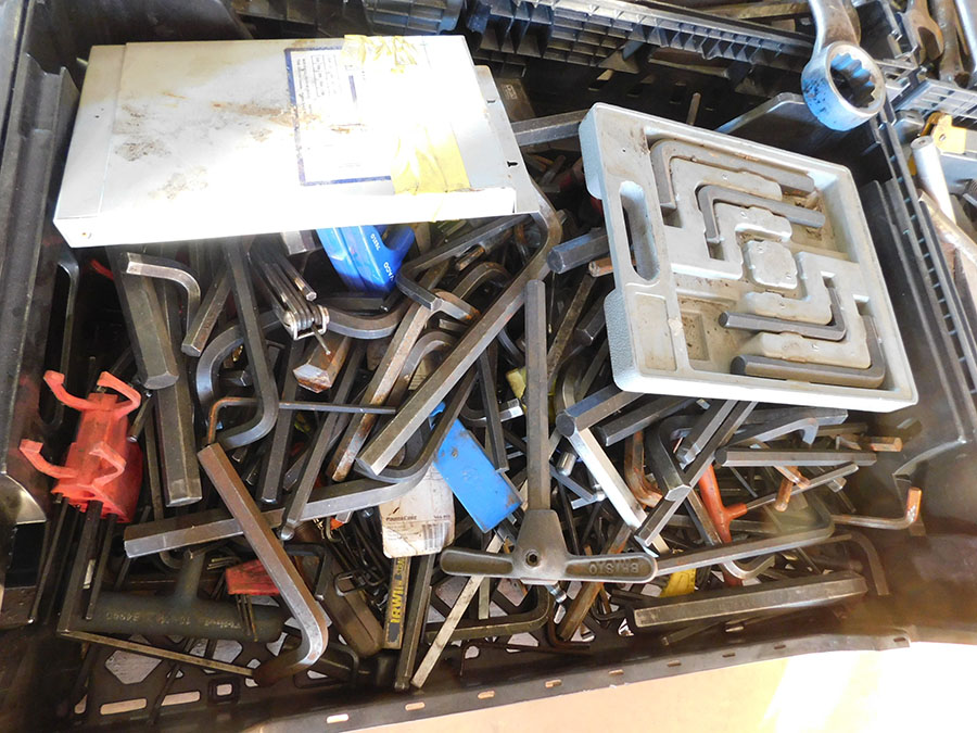LOT OF ASSORTED ALLEN WRENCHES
