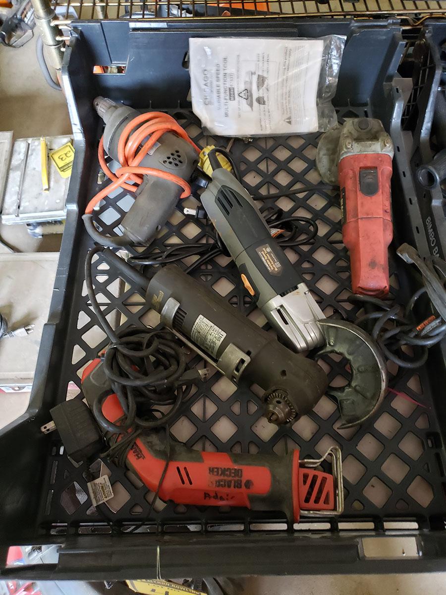 LOT OF ASSORTED BLACK & DECKER ELECTRIC TOOLS