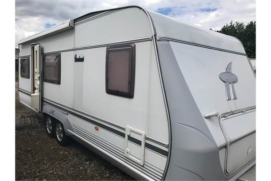 2005 LMC lord- munsterland 640DM dominant VIP caravan Only one owner