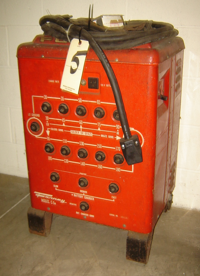 Lot 5 - FORNEY ARC WELDER