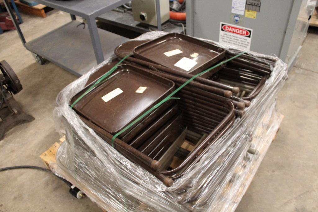 Lot 44 - Folding Chairs