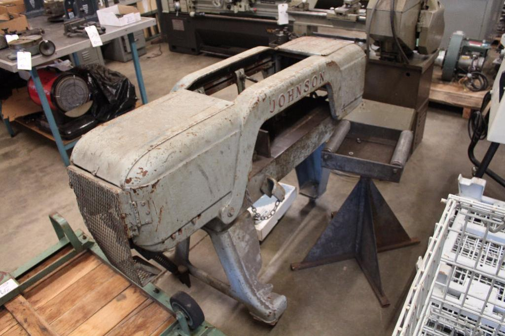 Lot 40 - Johnson Horizontal Band Saw