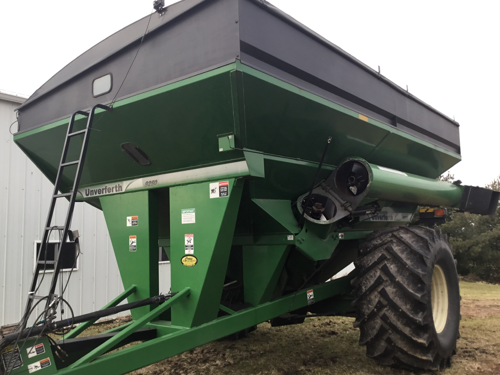 2009 Unverferth 9250 1,000 Bu. Auger Cart, Hydraulic Spout, 3 Cameras, Roll Tarp, New Augers, 900- - Image 10 of 15