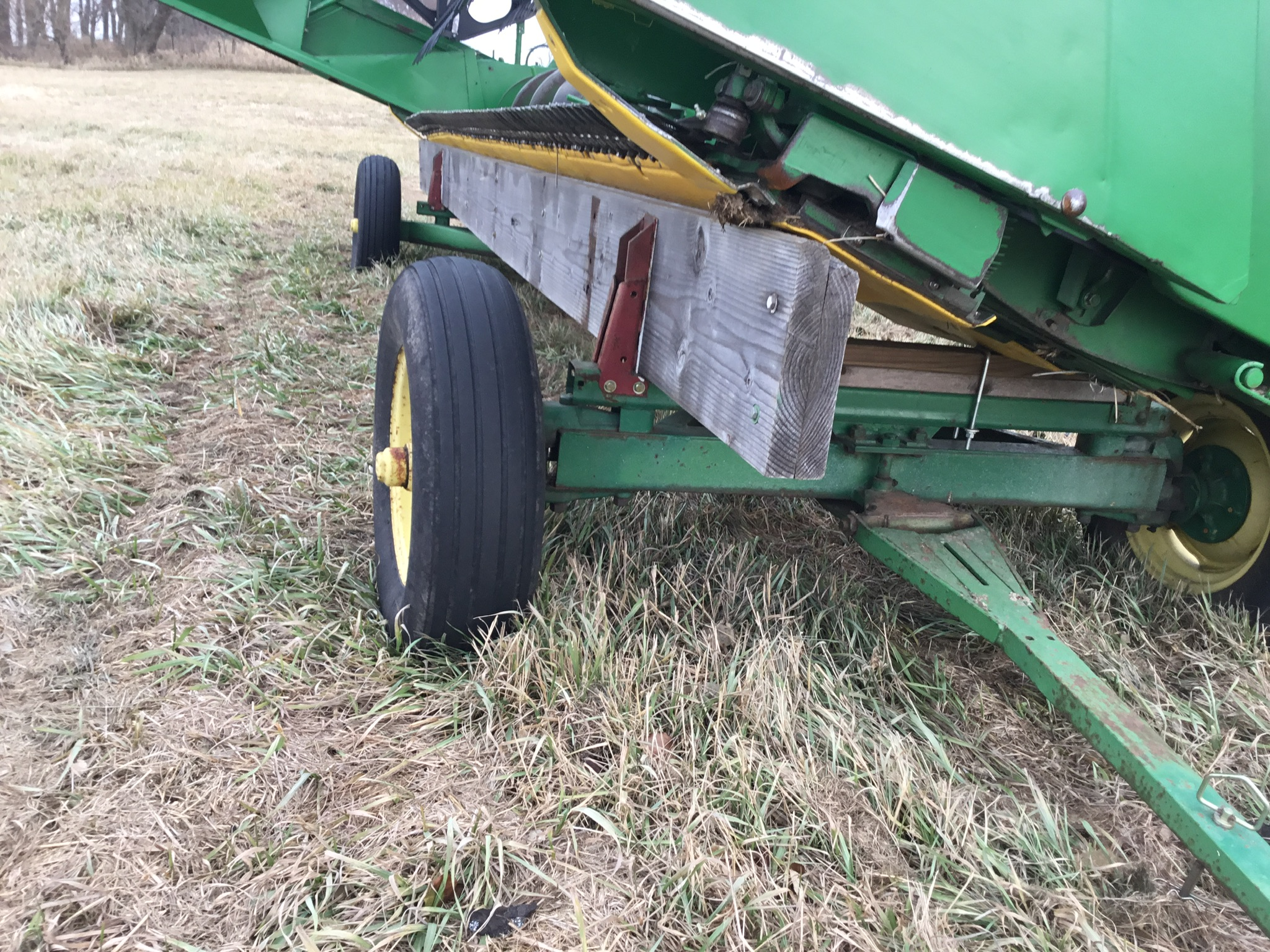 Homemade Head Carrier on JD 963 Gear, 20 Ft. - Image 2 of 3