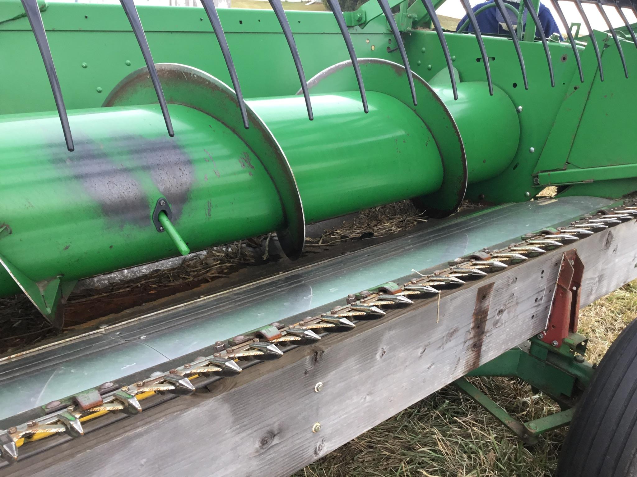 John Deere 920 Bean Platform, Full Poly, Full Finger Auger, Serial #HOO920F661763 - Image 7 of 11