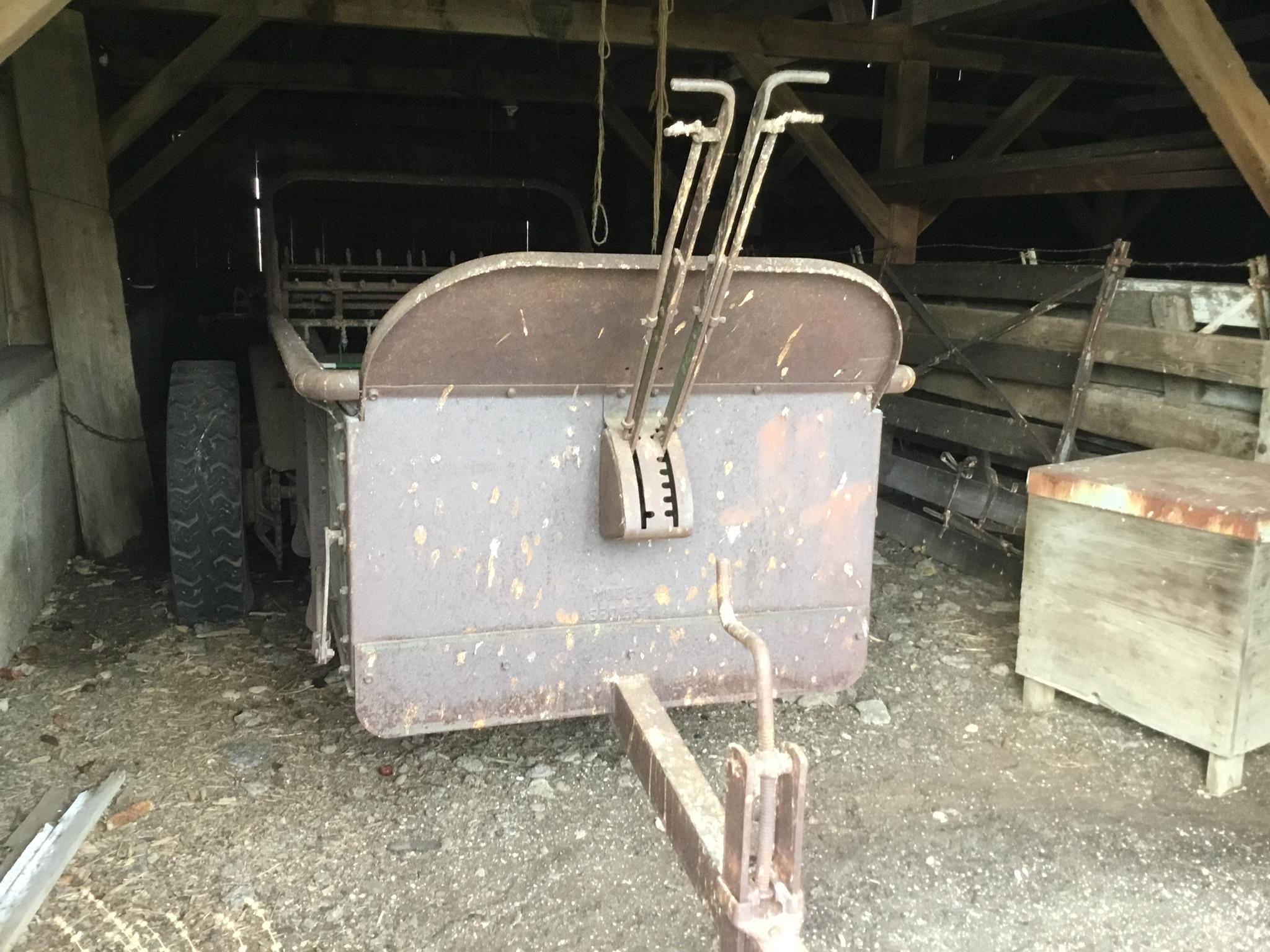 John Deere Ground Drive Manure Spreader