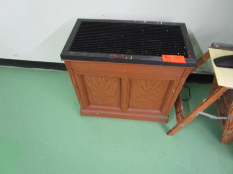 Lot 22 - Moist Air Humidifier