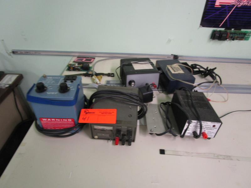 Lot 41 - VIZ Isotap II WP27A, HP 6215A Power Supply, Trip Lite PR-3 Power Supply & 2 Misc. Power Supplies