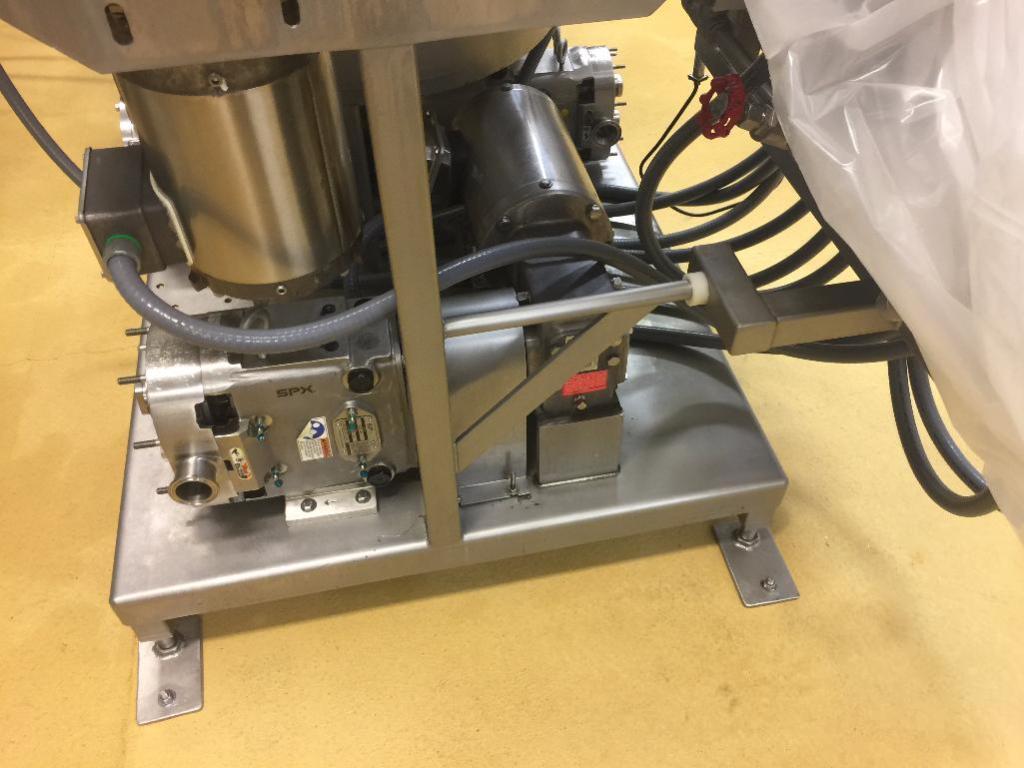 Lot 75 - Stein batter mixer and pumps
