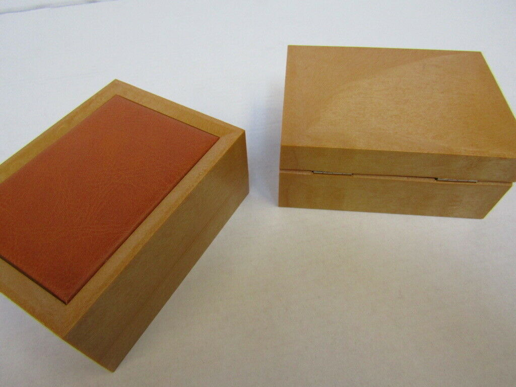 20 x Watch & Jewellery Box.no vat on hammer.You will get 20 of these.Please note, the watches in - Image 4 of 4