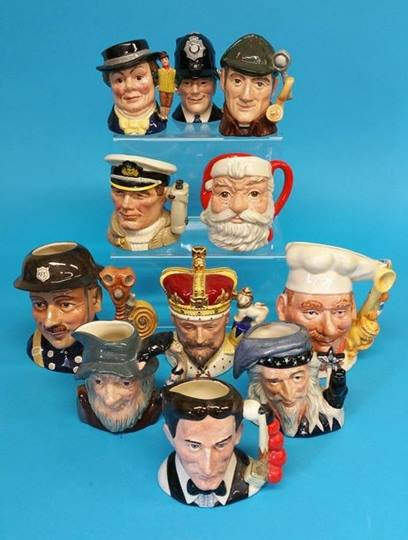 Lot 26 - A collection of eleven various medium sized Royal