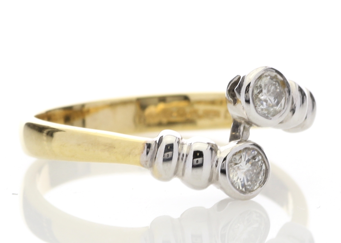 18ct Two Stone Rub Over Set Diamond Ring 0.20 Carats - Image 4 of 5