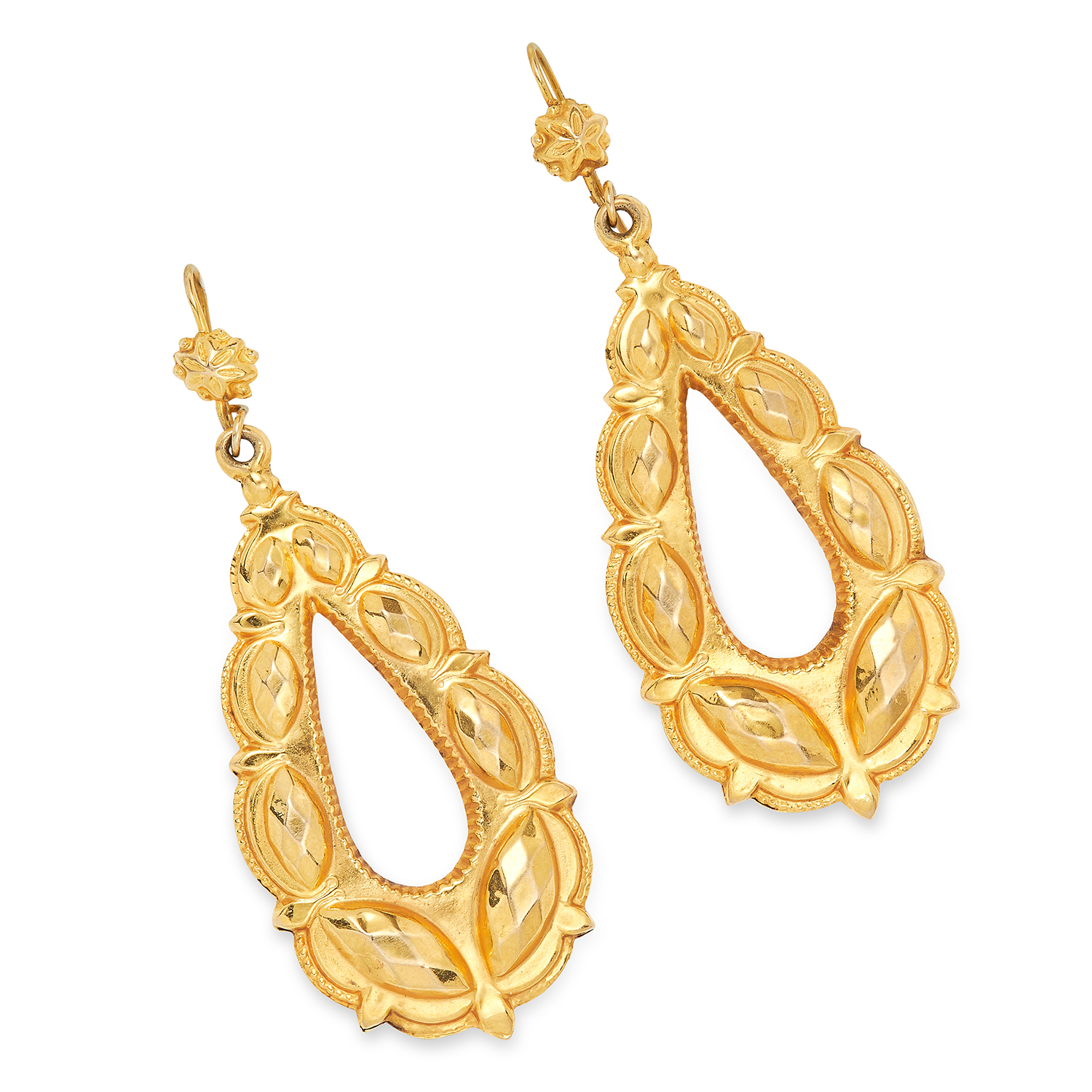 Los 24 - ANTIQUE GOLD EARRINGS set with open textured pear shape gold drops, 5.6cm, 3.7g.