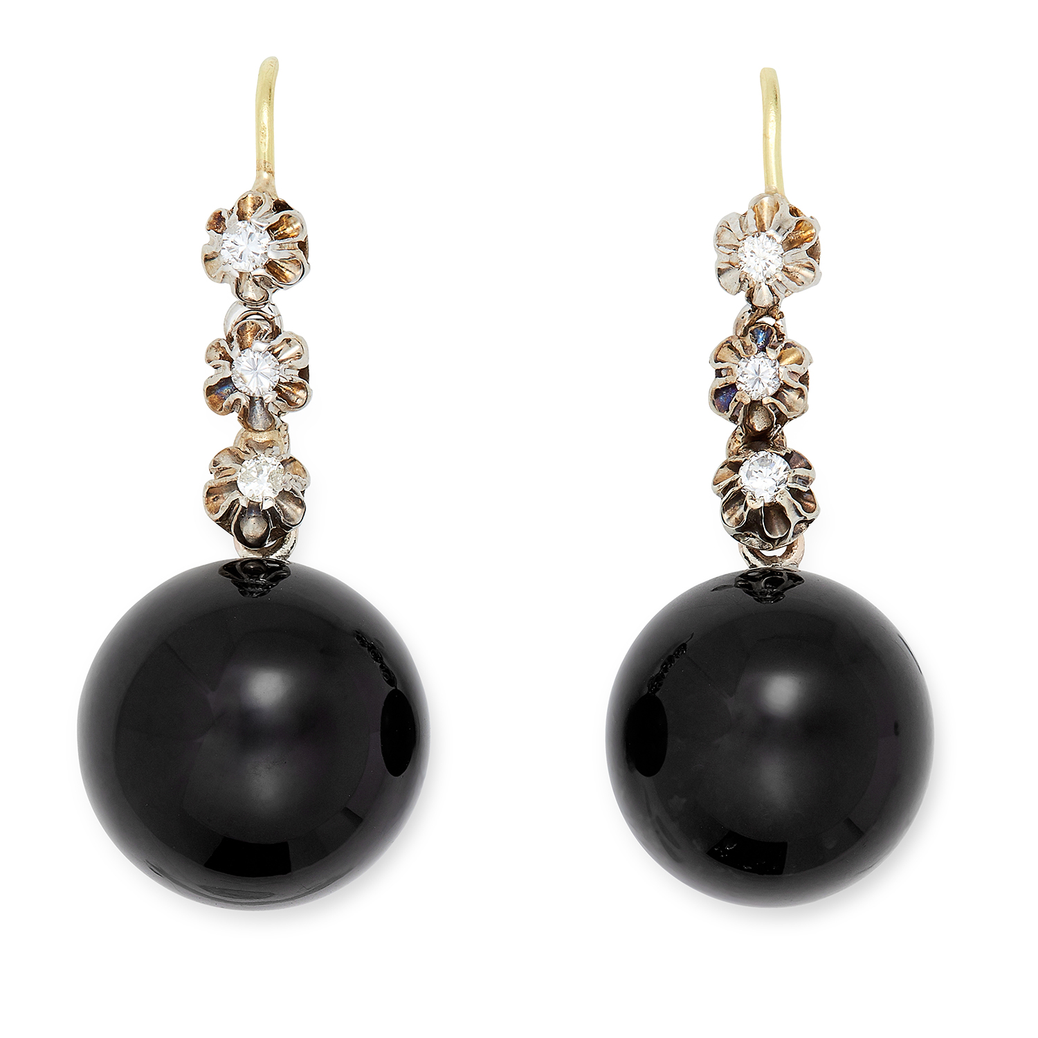 Los 22 - ONYX AND DIAMOND EARRINGS each set with three round cut diamonds, suspending a polished onyx bead,