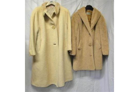 2 Ladies Vintage Coats Ralex Sydney Cream Wool Harry Hall Regent Street Gannex 2