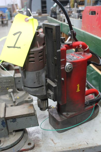 Milwaukee Portable Magnetic Base Drill
