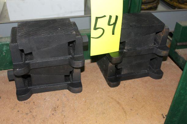 Lot of 4) Machine Leveling Pads