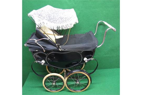 1950s Silver Cross Dolls Pram With Sun Shade Park Brake And Cover