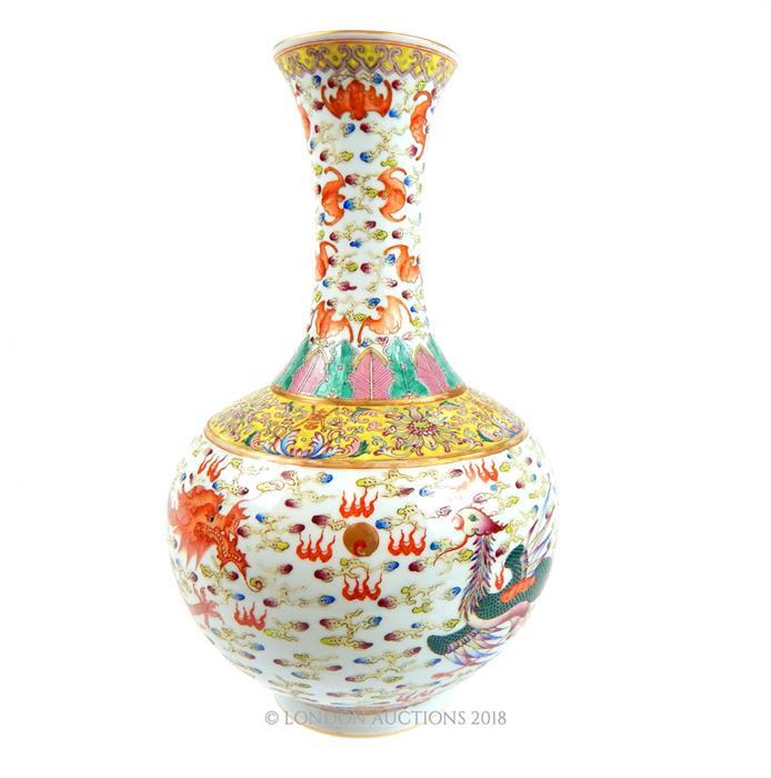 Lot 39 - A large Chinese famille rose porcelain vase