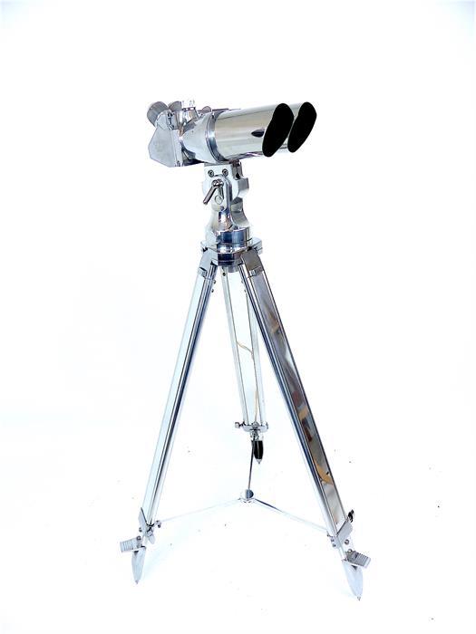 Lot 4 - A pair of circa 1950 Busch German coastal battery binoculars