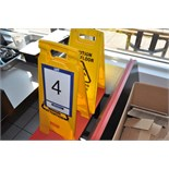 Lot: (2) Folding signs / Chevalets