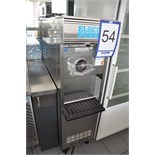 DUKE ELECTRO-FREEZE ice cream machine / Machine à crème glacée, mod: 155-115, ns: FOT96