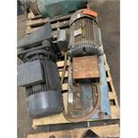 LOT OF (2) ELECTRIC MOTORS; BALDOR 15HP SCHORCH UNKNOWN HP