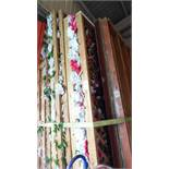 WOOD SLAT FLOWER TRELLIS BACKDROP