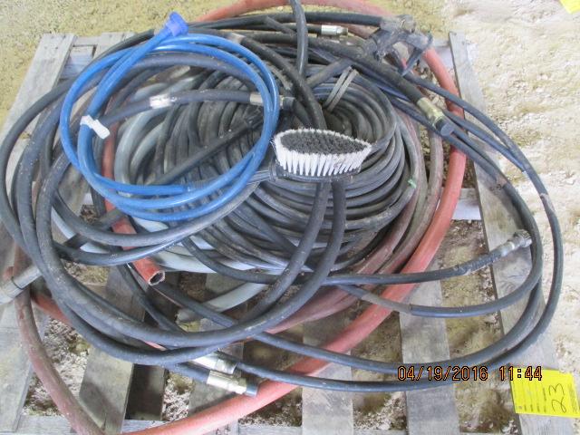 Lot 23 - Pallet w/hose, mostly hyd