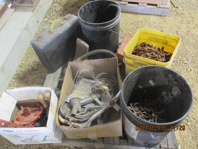 Lot 9 - SEVERAL PAILS, CHAIN, MIRRORS, MISC