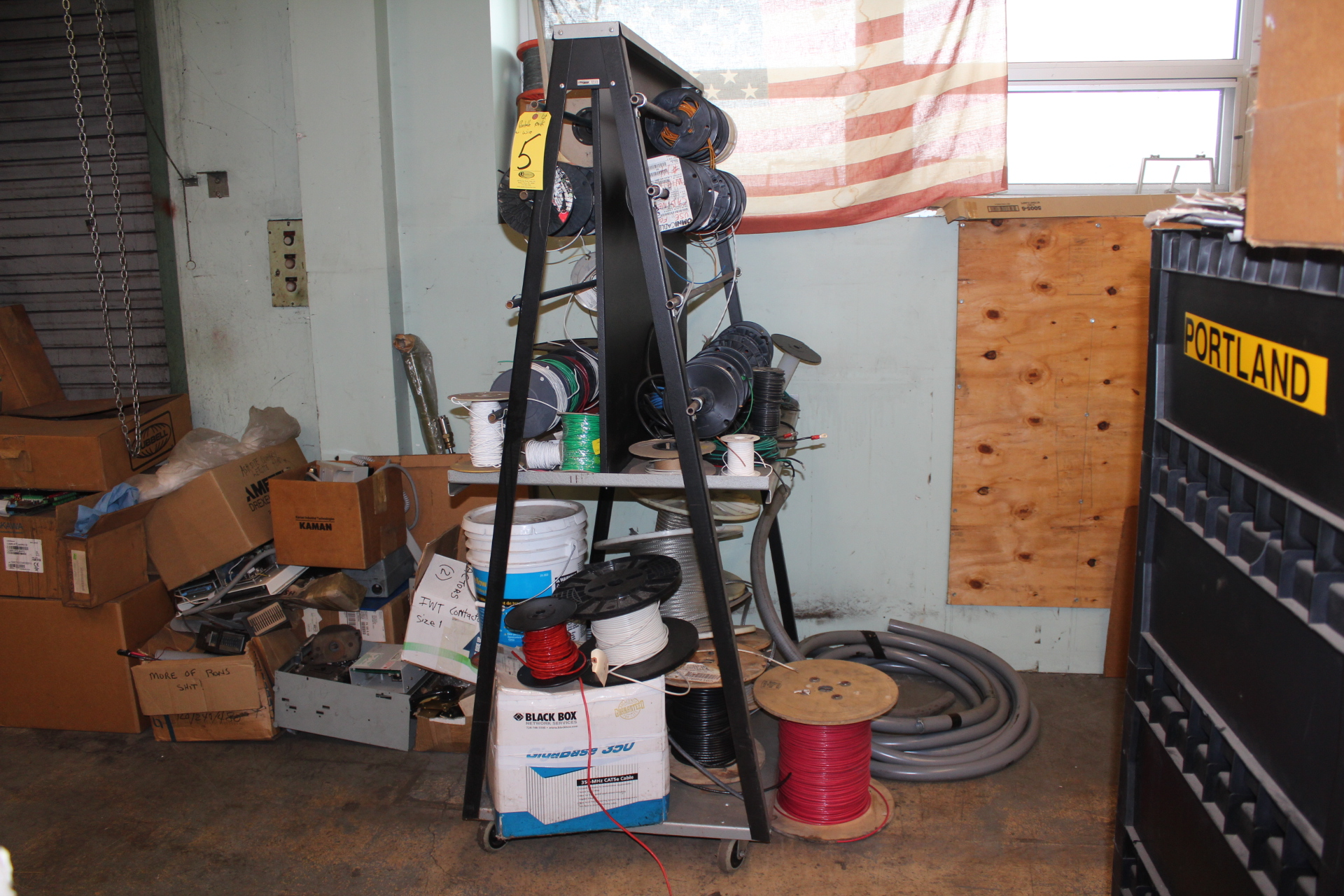 PORTABLE WIRE RACK AND CONTENTS - Image 2 of 2