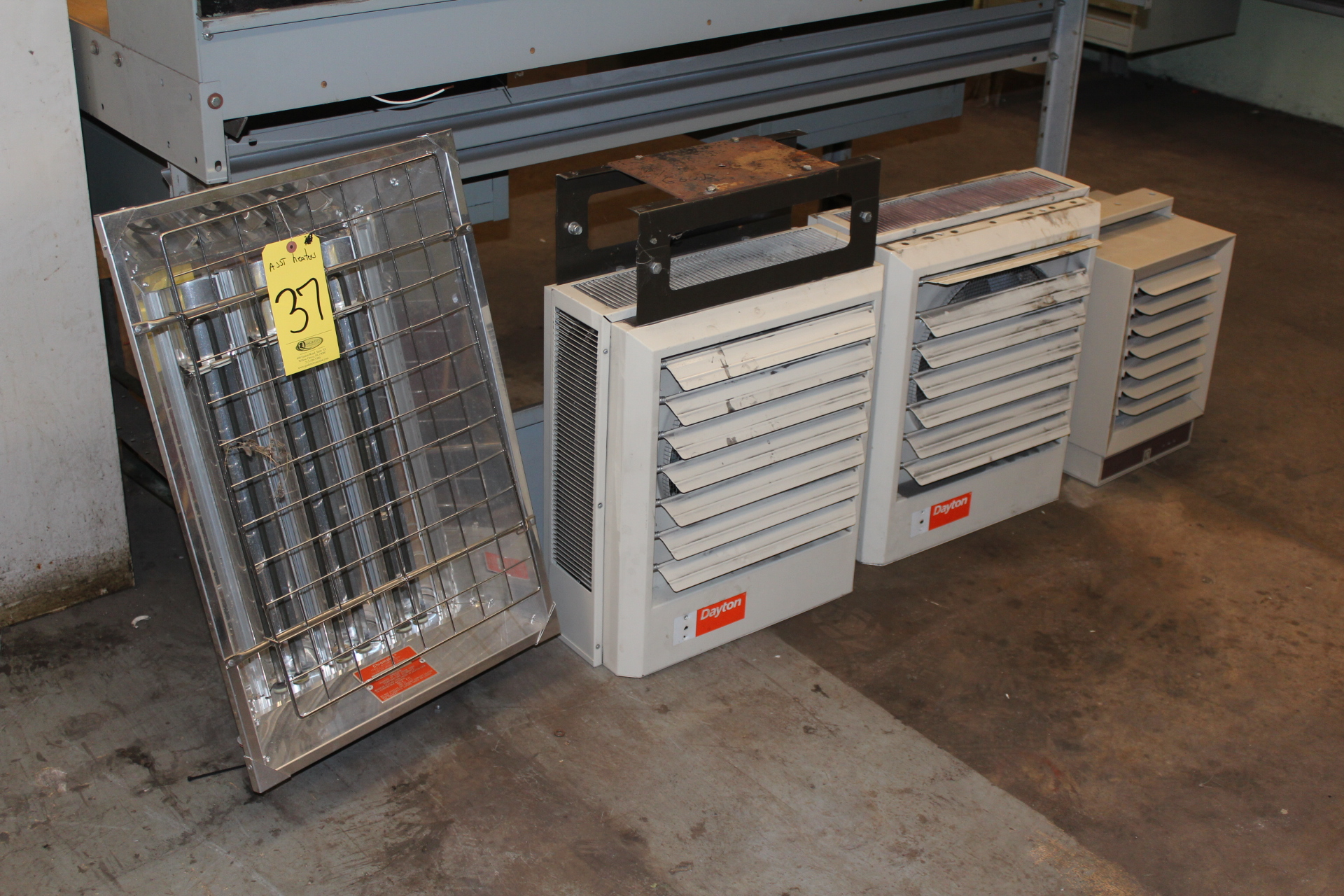 (4) ASST. DAYTON ELECTRIC & (1) INFRA-RED HEATERS