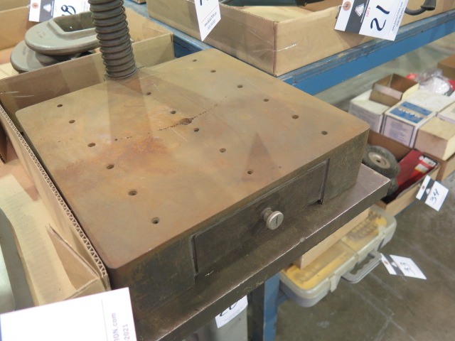 Lot 19 - Dumore Table Model Drill Press