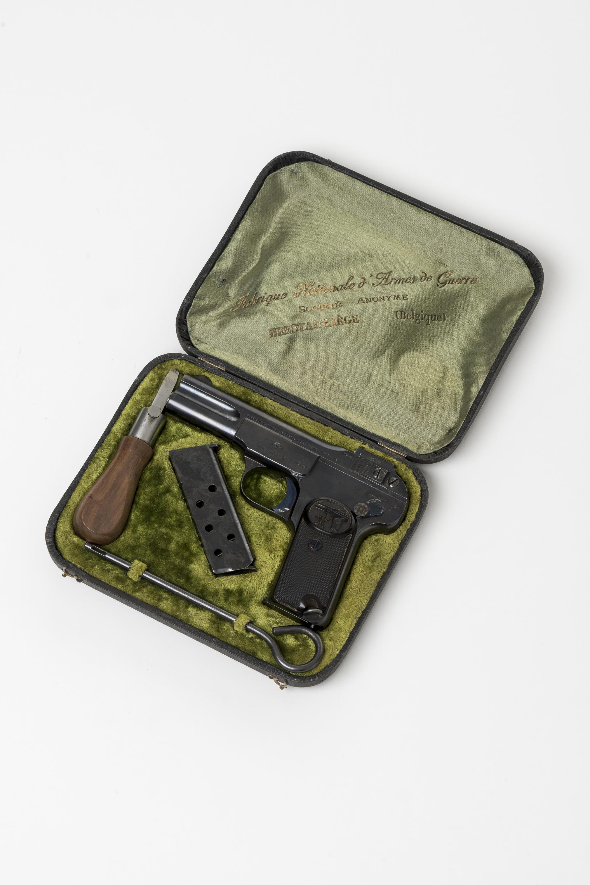 FN Browning type 1900 calibre 7 65 n°11312 dans son écrin en