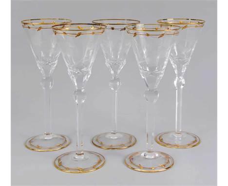 Fünf große Weinpokale, Moser & Söhne, Karlsbad, 20. Jh., Modell Rose, Entwurf von 1902, runder Scheibenstand, schlanker f