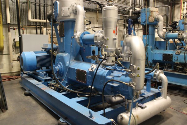 MODEL CE46A, 240 KW (320 HP), 480V TO BE SOLD SUBJECT TO OBTAINING