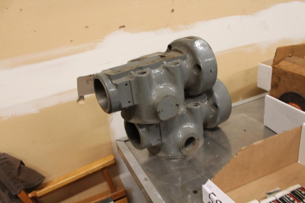Lot 59 - Bridgeport lower quill housing castings