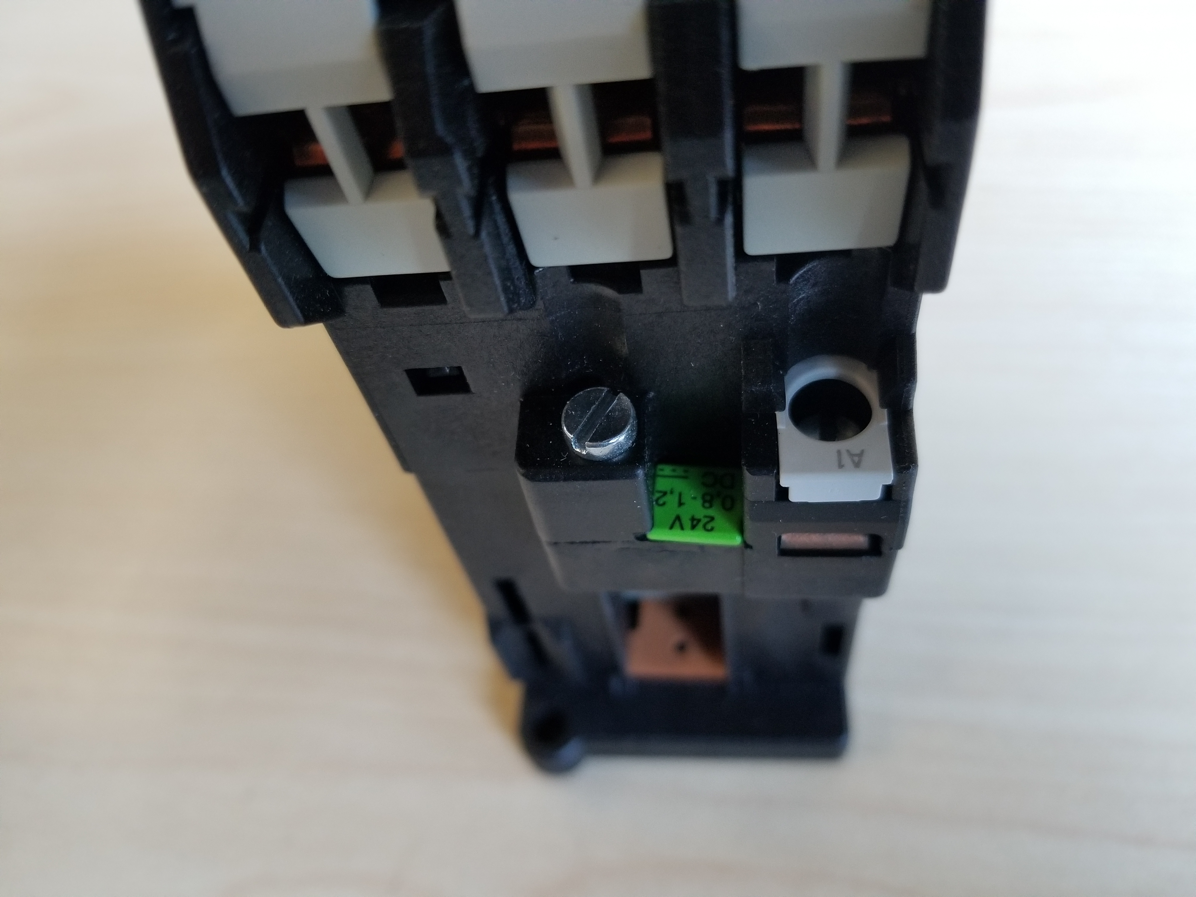 New Siemens Contactor 3TF42 10-0BB4 - Image 3 of 3