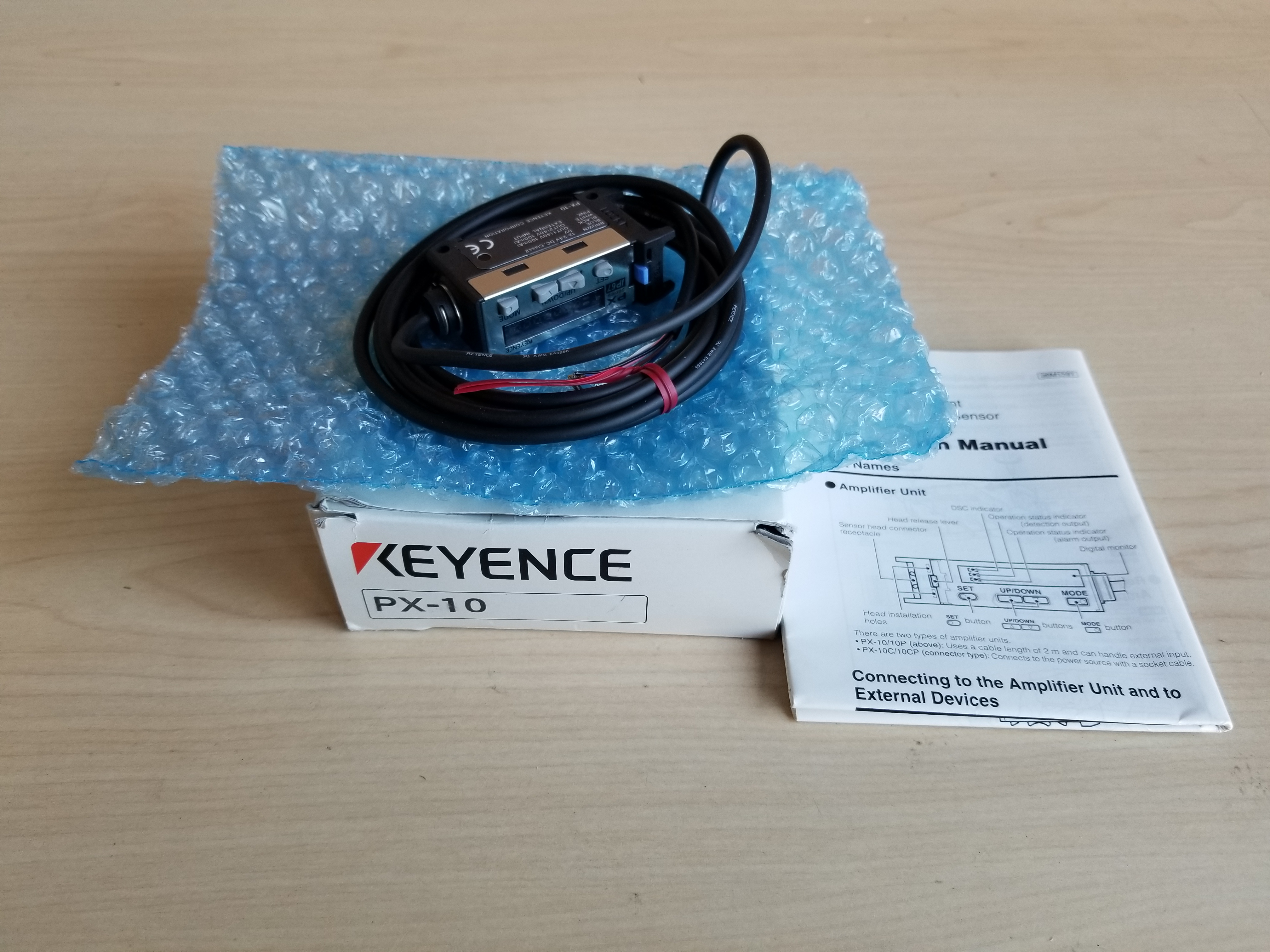 New Keyence Environment Resistant Digital Photoelectric Sensor PX-10