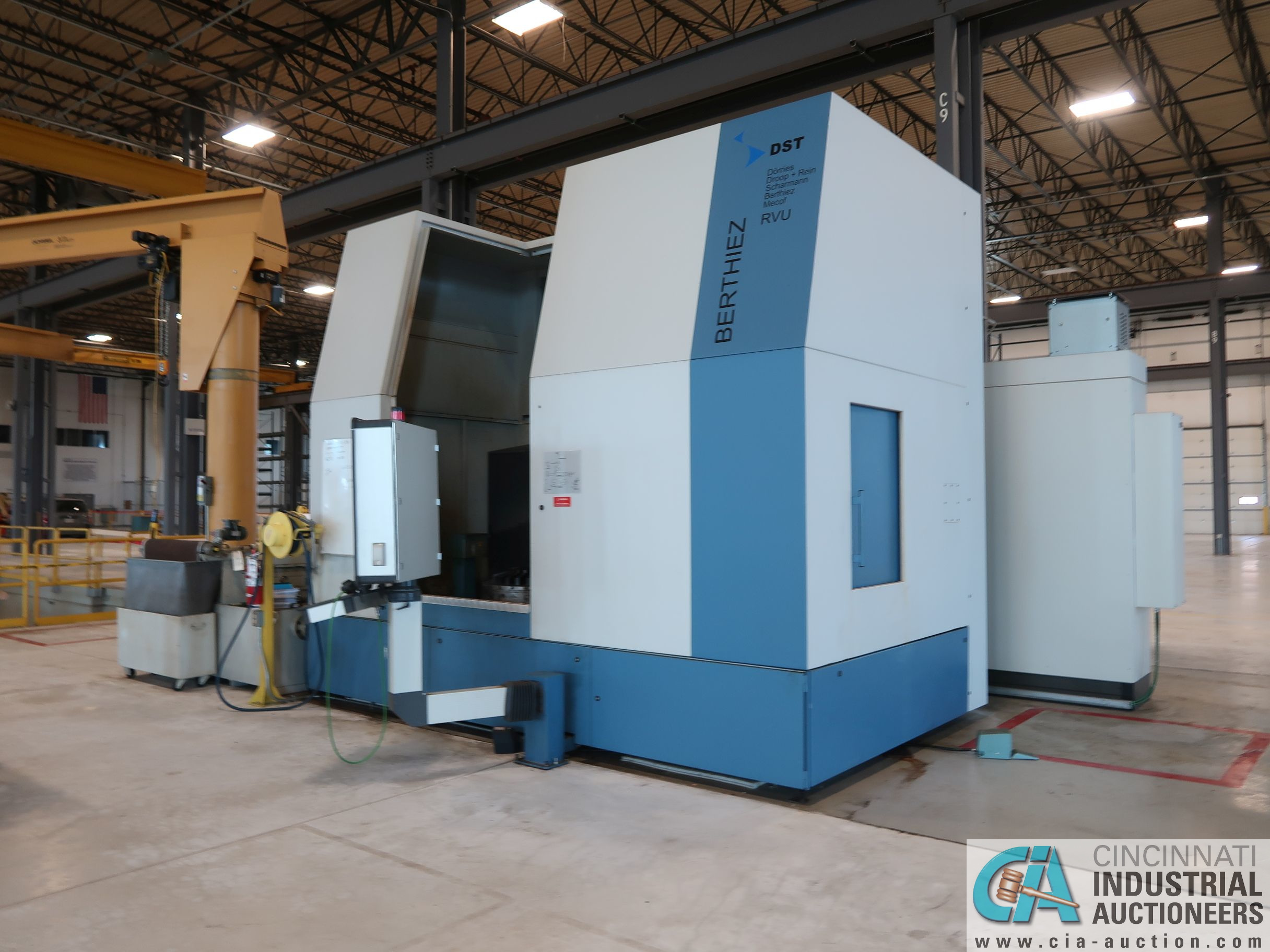 BERTHIEZ MODEL RVU 900/80 ID/OD, WITH TURNING, VERTICAL CNC GRINDER; S/N 4219, 84OD SIEMENS CONTROL - Image 14 of 33